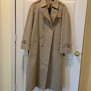 Ladies Burberry Raincoat